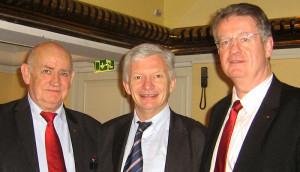 Alain Berthe avec Pierre Camou et Bernard Lapasset