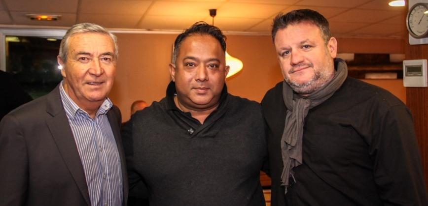 Ravi, entouré de Francis Taulan (à g), Adjoint aux Sports d'Aix-en-Provence, et de Sébastien Bonnet