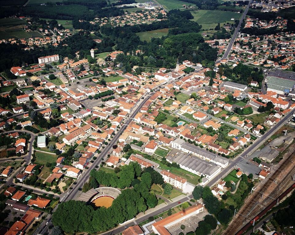 Tyrosse 08 - Vue aérienne ville - Phovoir