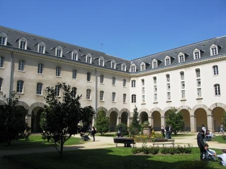 Fac de Lettres - Wikipedia