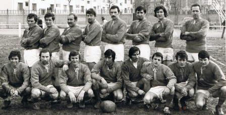 1ère Equipe I du Rugby Club Vulpillien en 71 en 4ème série … 4 ans plus tard elle sera ¼ finaliste du Championnat de France 2ème série