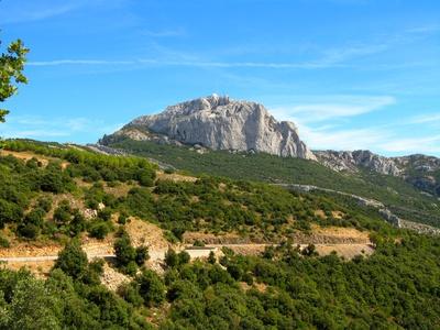 Le Pic de Bertagne, au plus haut du Massif de la Sainte-Baume.