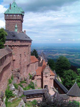 Chateau du Haut Koenigsbourg Wikipedia Darkan777 (1)