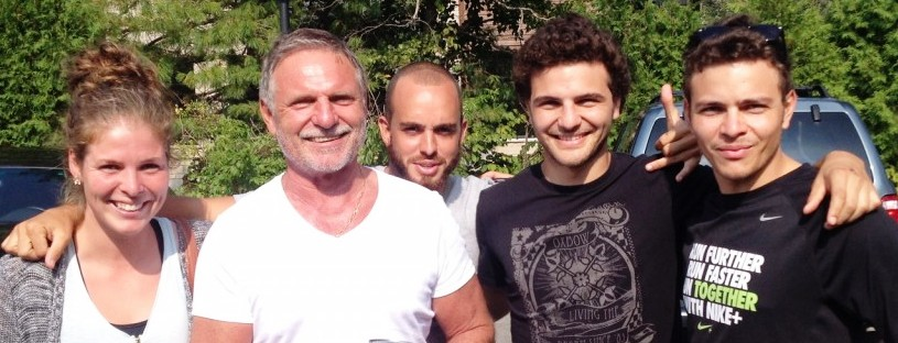 Jean-Michel à Montréal, avec ses 2 fils, Alexandre et Jonathan (à droite), en compagnie de Manon Bordeleau, Canadienne et ancienne joueuse du RC Saint-Pierre, et Brice Dijoux , ½ mêlée du RC Saint-Pierre.