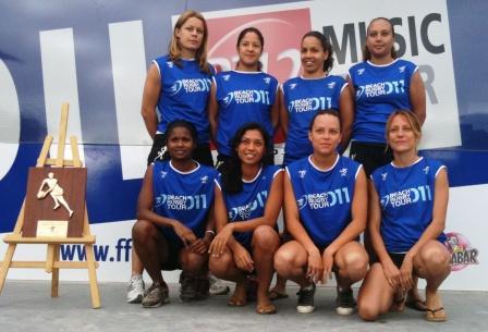 2011 - Les Beach rugbywomen saint-pierroises vice-championnes de France !