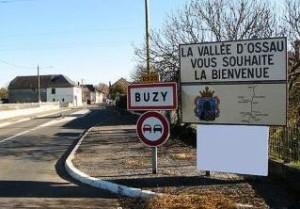 Entrée Buzy - Wikipedia J.Michel Etchecolonea - CC BY SA 3.0