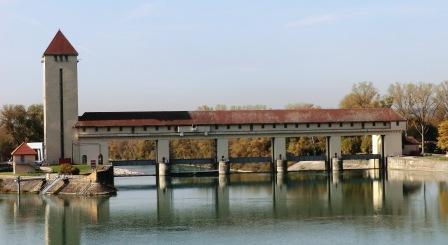barrage jons-Wikipedia-Benoit Prieur CC BY SA 4.0