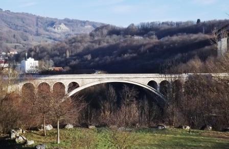 pont de savoie entrée bellegarde wikimedia florian pépellin cc by sa 3.0